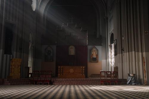 ひとりぼっちのエール教会